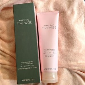 Mary Kay TIMEWISE 4 in 1 cleanser